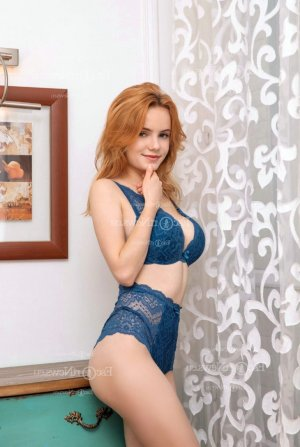 Nessie thai massage and shemale escort girl