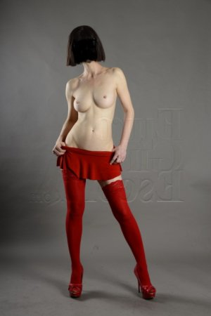 Aureliane escort, nuru massage