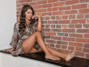 Hasmina escort in Lake Arrowhead, tantra massage